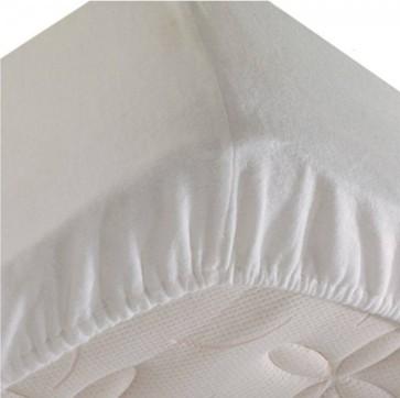 Nepremočljiva napenjalna rjuha 180 x 200 cm